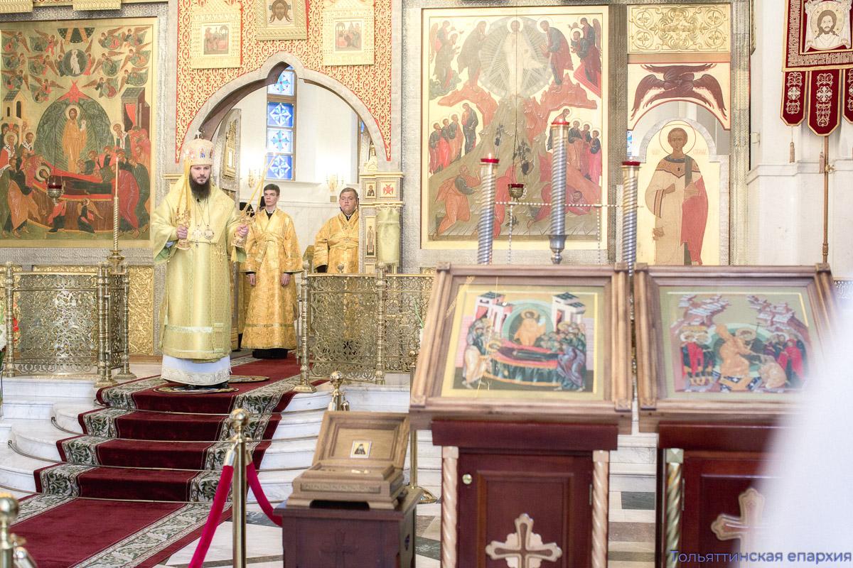 В праздник преподобного Пимена в соборе пребывают его святые мощи