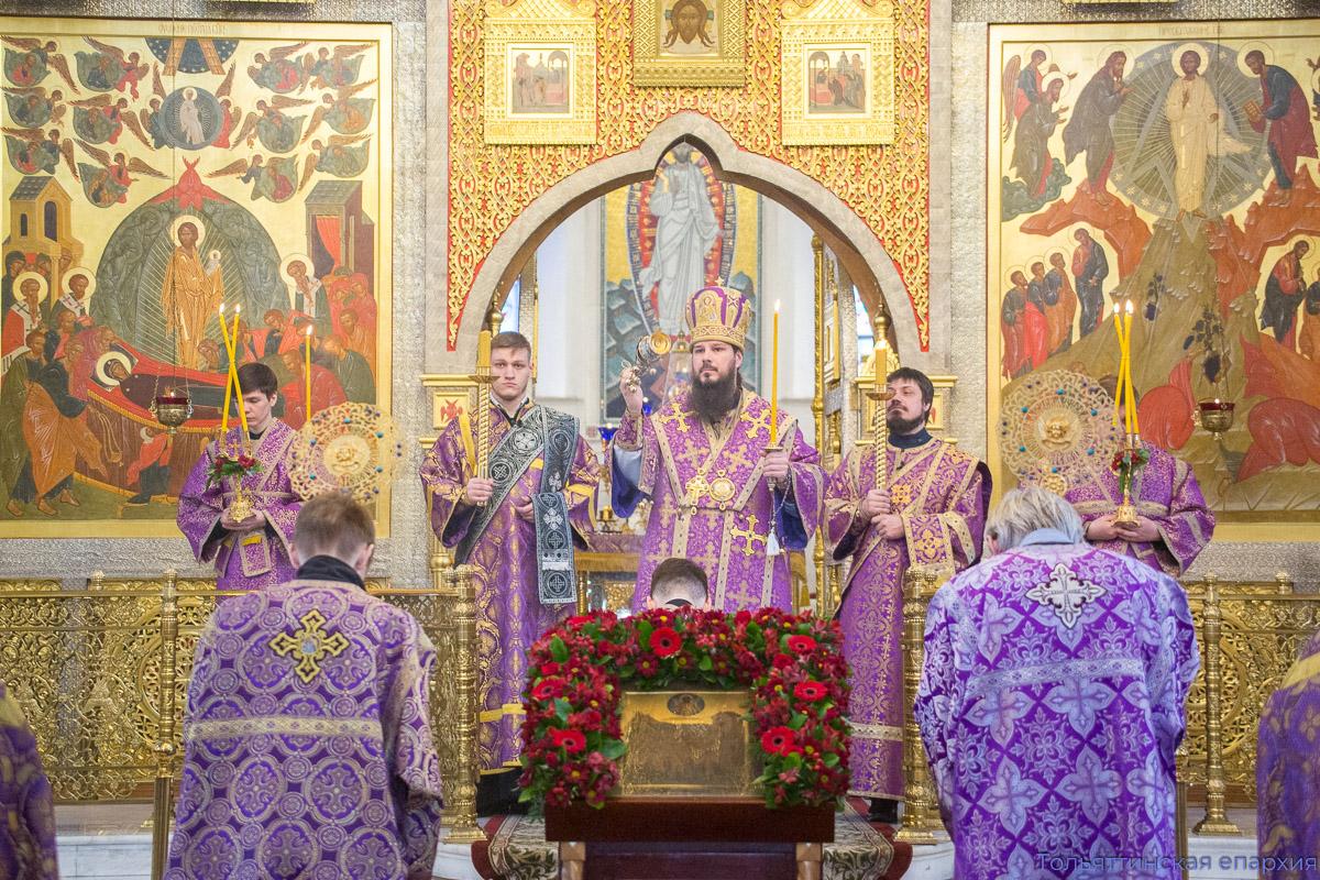 Архиерейское служение накануне престольного праздника